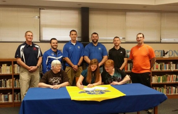 Roth with her mother, grandmother, high school staff, and Bethany Swedes staff.