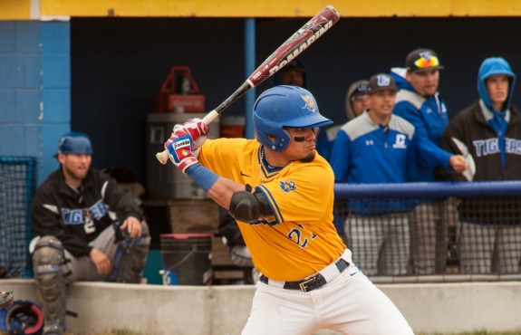 Photo for Swedes Win Game One with Walk-Off Double; Bethany Splits with MACU