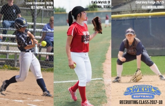 Photo for Softball Welcomes Three Transfers to 2017-2018 Recruiting Class